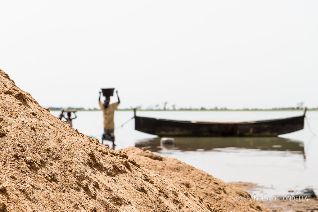 Clothes Washing, Niger River