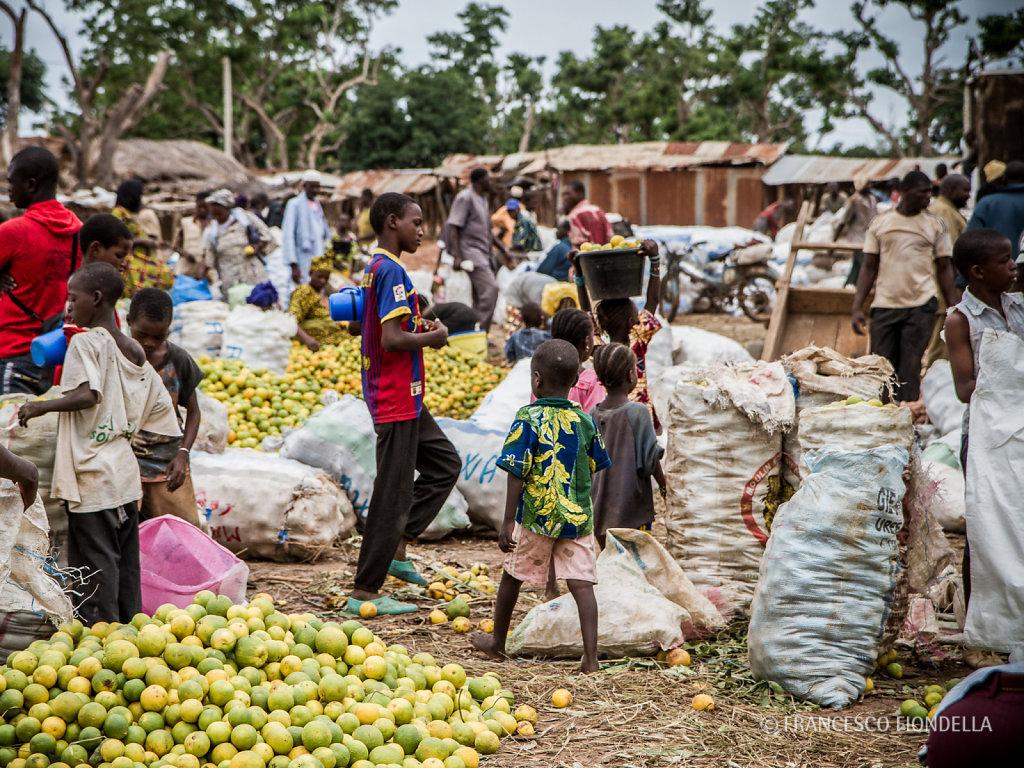 Market, Loulouni, Mali.