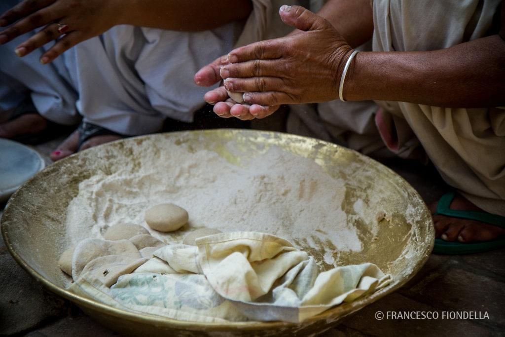 Making Japati.